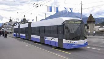 Ab Mitte 2014 soll der Hess-Doppelgelenk-Trolleybus mit tramähnlichem Design in Luzern verkehren.