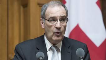 VBS-Chef Guy Parmelin wurde im Nationalrat nach dem verschwundenen Sprengstoff gefragt.