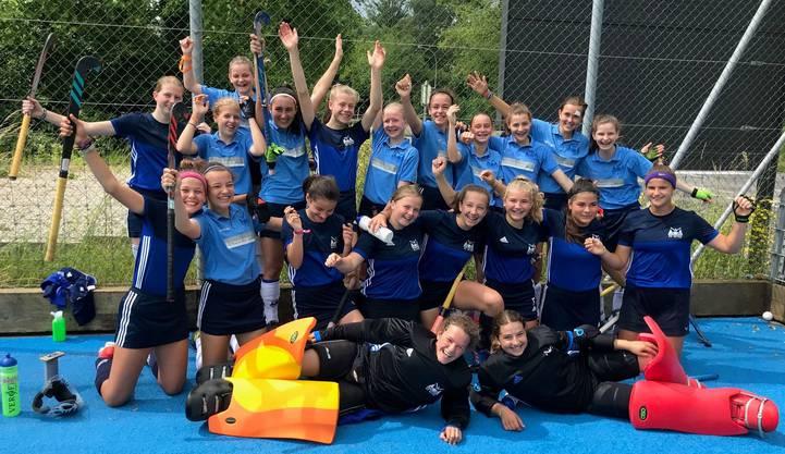 Teams HCO und HCO2 nach ihren Halbfinal-Siegen - Gold und Silber save