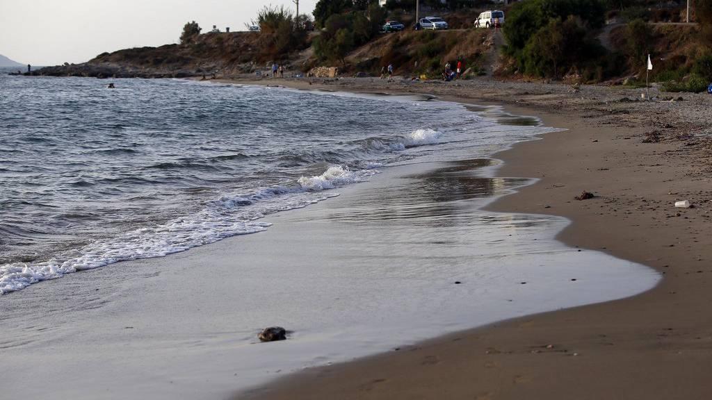 An diesem Strand in Bodrum ist Anfang September die Leiche Aylans angespült worden. Das Bild davon ging um die Welt.