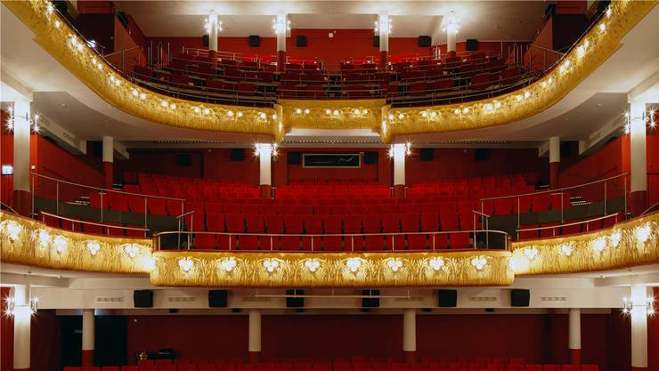 Der älteste und grösste Theatersaal Basels, der historische Saal 1 des Pathé Küchlin, aufgenommen von Filmbuch-Photograph Oliver Lang. ZVG