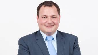 Die Aescher FDP will die Vorlage zur Verabschiedung des neuen Polizeireglements zu Fall bringen. (Parteipräsident Cristian Manganiello)