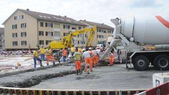 Der Landrat forderte, dass der Ausbau-Standard etwa bei Kreiseln überdacht werden müsse.