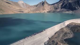 Der Bundesrat verzichtet darauf, die Wasserzinsen zu senken. (Symbolbild)