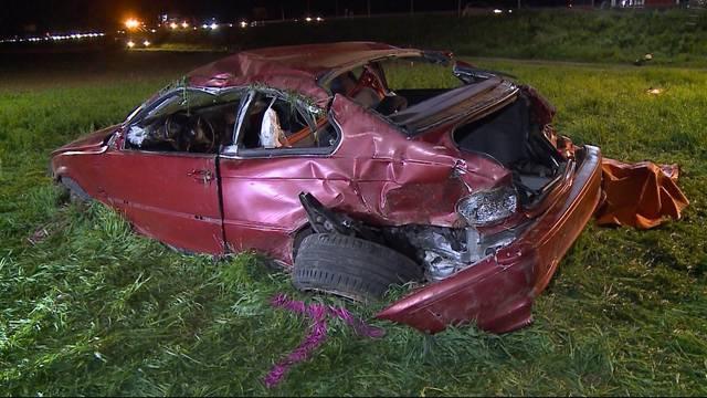 Vier Personen nach Autounfall im Spital