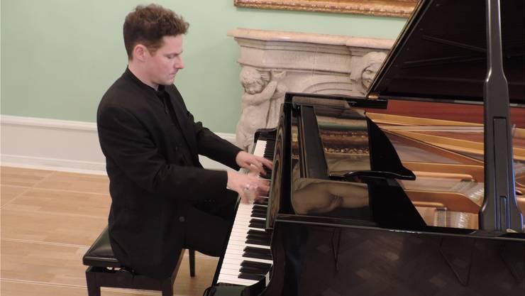 Der Pianist Oliver Schnyder.