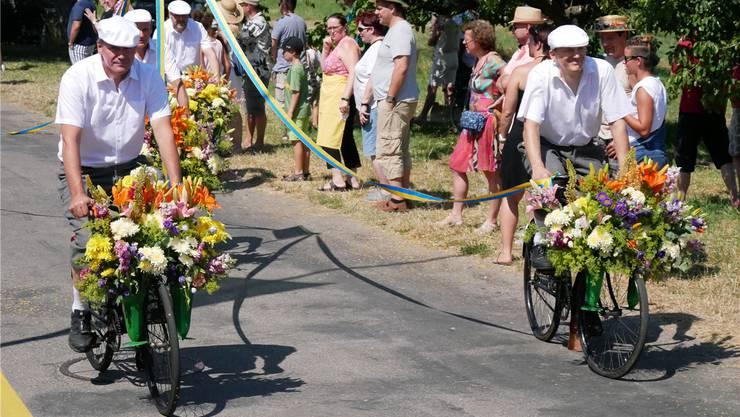 Heute: Der Blumencorso vom Jugendfest 2019 – schick wie früher.