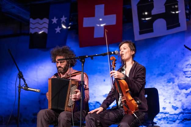 Für musikalische Intermezzi sorgte die Band Zugluft.