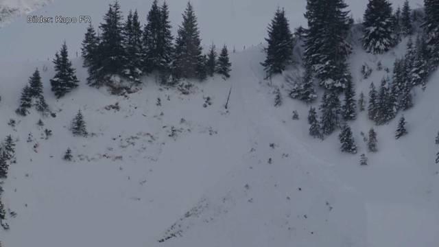 Lawine verschüttet Skitourengruppe