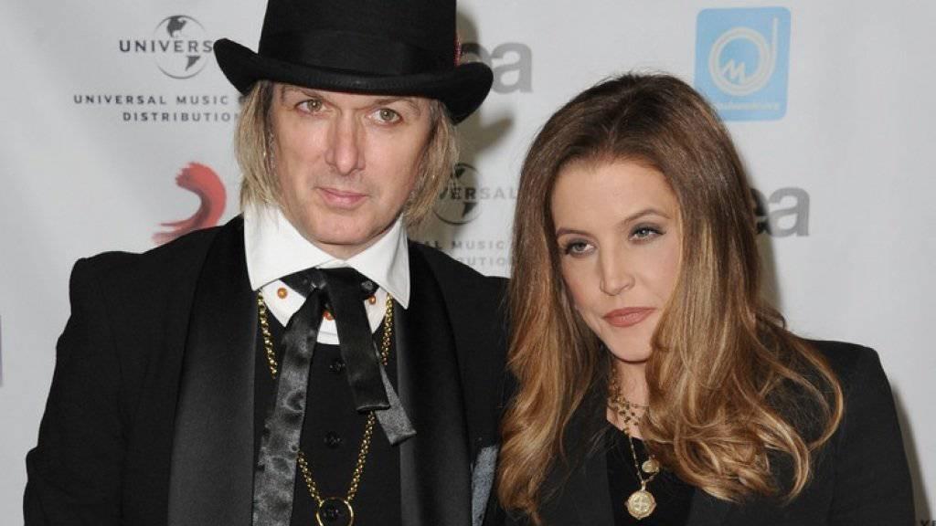 Auch mit ihm hat es nicht sollen sein: US-Sängerin Lisa Marie Presley will sich von ihrem vierten Ehemann Michael Lockwood scheiden lassen. (Archivbild)