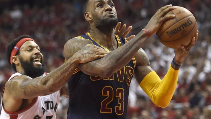 Superstar LeBron James (23) steht mit den Cleveland Cavaliers zum zweiten Mal in Folge im Playoff-Final der NBA