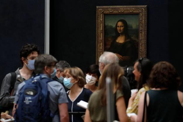 Mona Lisa geniessen ohne Schlangestehen.