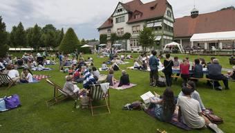 Die Badener Langmatt mutiert bei schönem Wetter zur beliebten Picknick-Stätte. (Archiv)