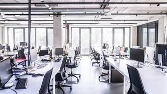 Verwaiste Büros wegen der Homeoffice-Pflicht. Dennoch gibt es in St.Gallen relativ wenig Büroflächen im Angebot.