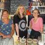 Das Team der Wohler Kulturbeiz mit Corinne Manimanakis, Liz Kuhn und Katharina Galizia (v.l.).