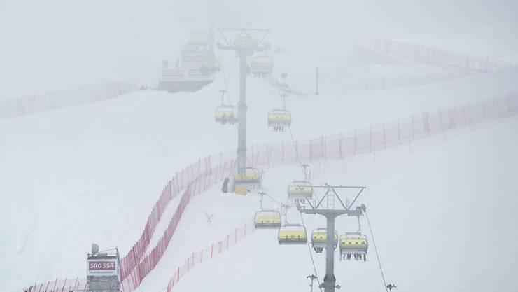 Nebel macht den Organisatoren der Weltcup-Kombination der Frauen in St. Moritz zu schaffen