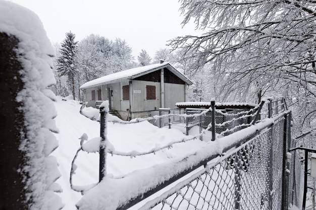 Die Anlage liegt sieben Kilometer Weg und 750 Höhenmeter über Laupersdorf.