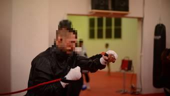 Der Angeklagte erlangte als Kickboxer eine gewisse Berühmtheit.