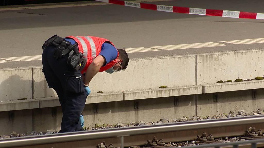 Messerangriff Wattwil: Sudaner verletzt Nigerianer im Zug