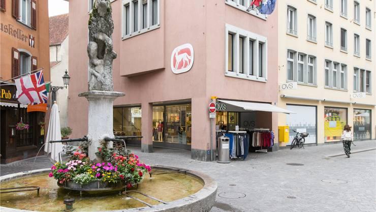 Im leerstehenden OVS-Laden am Löwenbrunnen zieht  «Søstrene Grene» ein.