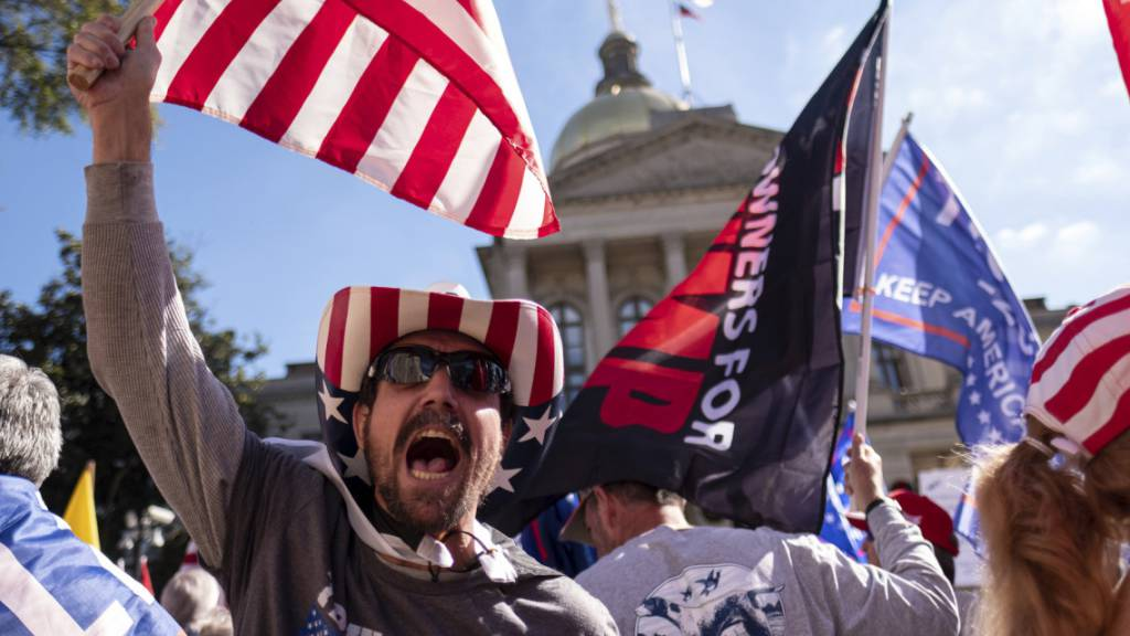 Trump will Neuauszählung der Stimmen in Georgia