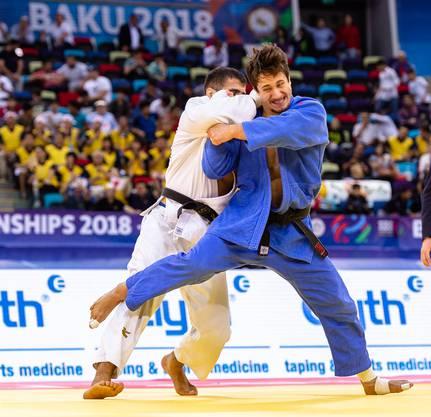 In der zweiten Runde musste Ciril Grossklaus (rechts) gegen den Tadschiken eine Niederlage hinnehmen und somit nach Hause reisen.