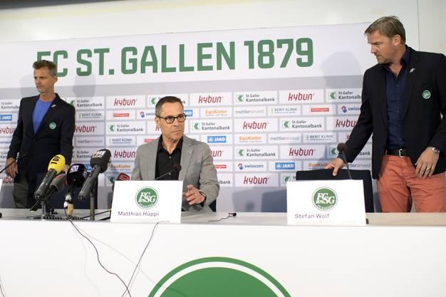 Heute sitzt Stefan Wolf (rechts) im Verwaltungsrat des FC St Gallen - gemeinsam mit Matthias Hueppi (Mitte) und Alain Sutter (links).