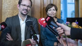Standen den Medien am Donnerstag Red und Antwort: Parteipräsidentin der Grünen Regula Rytz und Vizepräsident Balthasar Glättli.