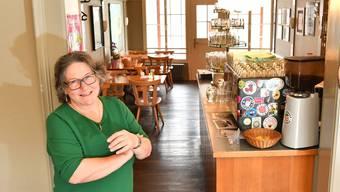 Rita Ledermann in ihrer «Waadtländerhalle», in der sie schon seit 1978 arbeitet; seit 2002 als Wirtin und Gastgeberin.