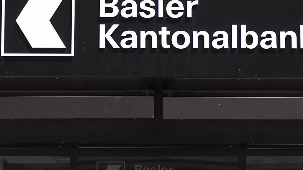 Die Basler Kantonalbank hat den Steuerstreit mit den USA beigelegt. Dafür bezahlt die Bank 60,4 Millionen Dollar Busse an die US-Behörden. (Archiv)
