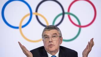 Noch immer nicht verschoben: Die Olympischen Sommerspiele 2020 in Tokio. IOC-Präsident Thomas Bach irritiert mit seinem Plan, mal für vier Wochen abzuwarten.