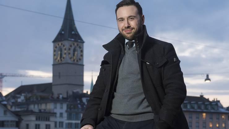 Adam Deen mitten im reformierten Zürich: Auch der Islam braucht laut ihm eine Art Reformation. Er benutzt aber lieber den Begriff «Renaissance».
