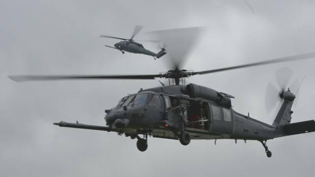 Helikopter der US-Armee stürzt an Ostküste Englands ab (Archiv)