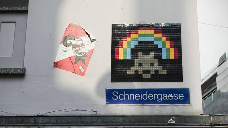 Invader (2013) an der Schneidergasse.