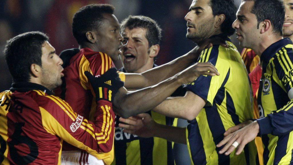 Kein Istanbuler Derby zwischen Fenerbahce und Galatasaray am Sonntag (Archivbild)