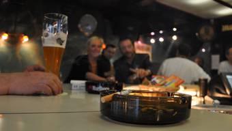 Solche Bilder wie hier in der Go-in-Bar in Baden sind selten geworden. Solche Bilder sind in den Freiämter Lokalen selten geworden.  wal