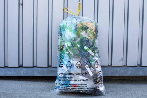 Die Schweizer sind im internationalen Vergleich schlechte Sammler, wenn es um Plastik geht.
