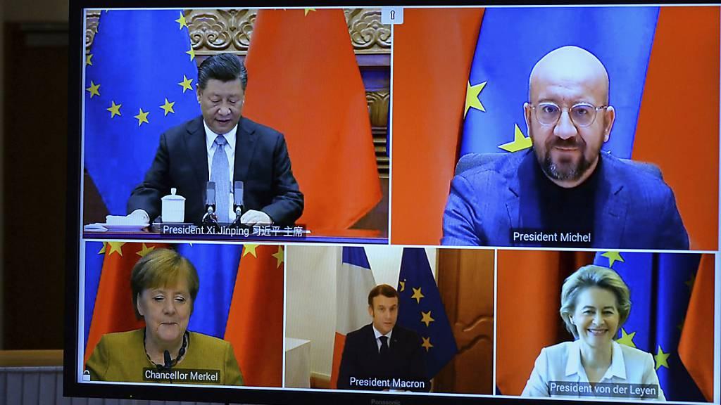 Die EU-Spitzen und Chinas Staats- und Parteichef Xi Jingping haben sich am Mittwoch in einer Videokonferenz  auf ein Investitionsabkommen geeinigt. Die weitere Öffnung Chinas könnte auch der Schweiz Vorteile bringen.