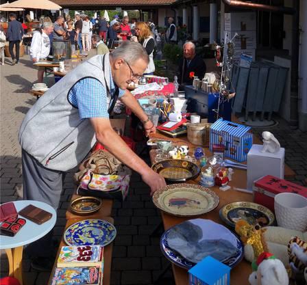 Der Flohmarkt im Dörfli war nur eines der Angebote am Jubiläumsfest.