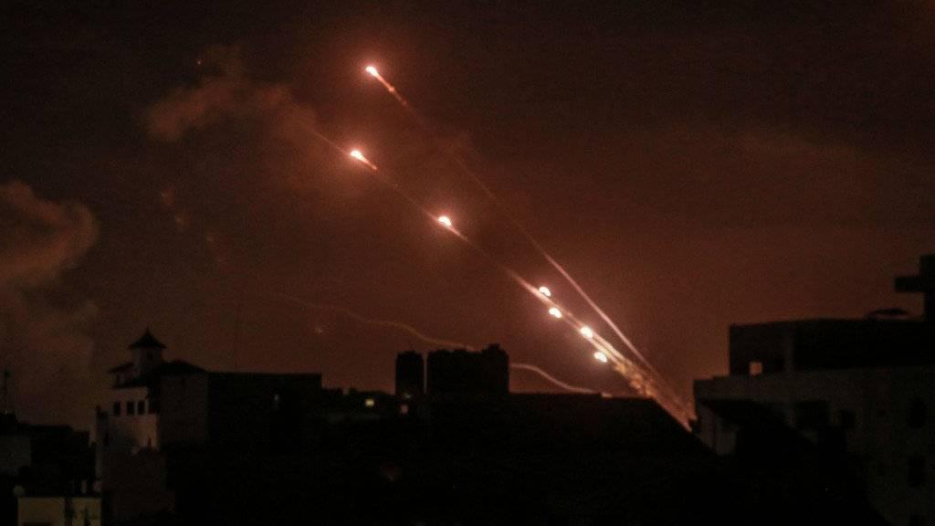 Mehr als 1600 Raketenabschüsse auf Israel – Über 80 Tote in Gaza