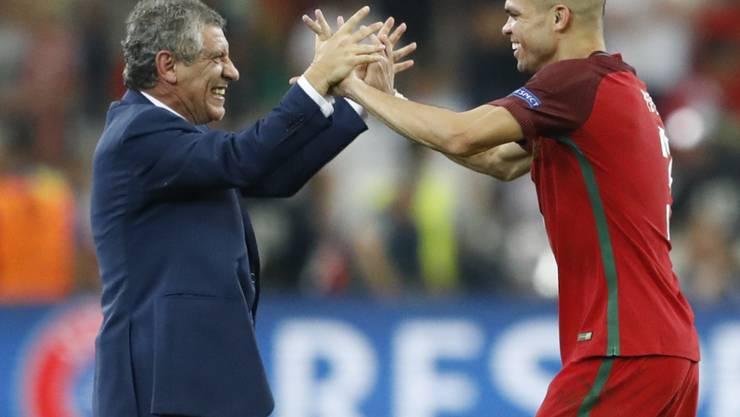 Ein wichtiges Element von Portugals Nationaltrainer Fernando Santos: Innenverteidiger Pepe (rechts)