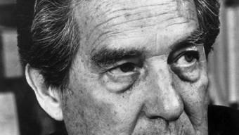 Octavio Paz, Schriftsteller, undatierte Aufnahme. Das Werk des mexikanischen Literaturnobelpreisträgers ist zum künstlerischen Denkmal Mexikos erklärt worden.