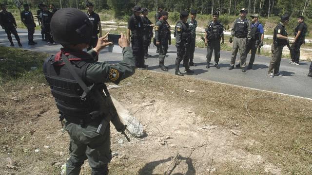 Bei der Explosion im Chor-Ai-rong-Distrikt im Süden Thailands kamen drei Männer einer Dorfwacht ums Leben