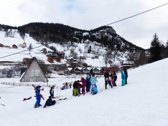 Potenzial erhoffen sich die Touristiker vor allem von der kosovarischen Diaspora, die Geld hat und von den Albanern, die bereits heute gerne das nahe Bogë-Tal besuchen.