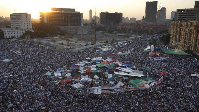 Via Internet wurden tausende Ägypter mobilisiert: Protest gegen Hosni Mubarak auf dem Tahir Square im Februar 2011.