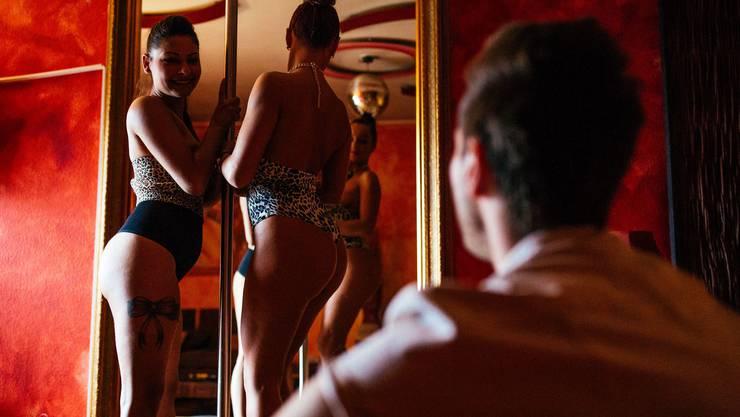 Im Zürcher Sexgewerbe gibt es wegen Corona mehr Kontrollen – auch die Zuwanderung wird eingeschränkt.