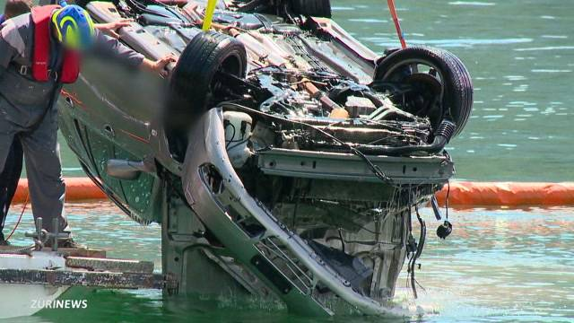 Weggis: Auto donnert in See