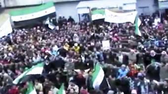 Amateuraufnahmen von Demonstrationen am 3. Januar in Hama