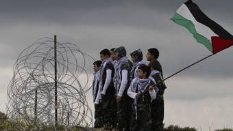 Palästinensische Jugendliche an der israelisch-libanesischen Grenze (Archiv)