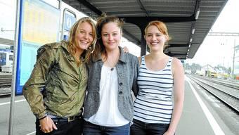 Lehrerinnen nach Kamerun: Karin Steffen, Sonja Morgenthaler und Jasmin Kuhn (von links). Hansjörg SahIi